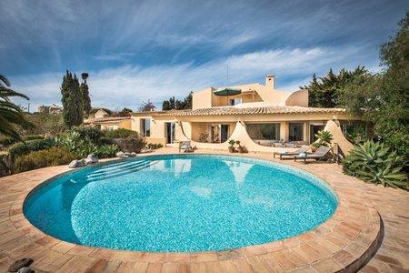 Villa , Praia da Luz, Western Algarve Portugal