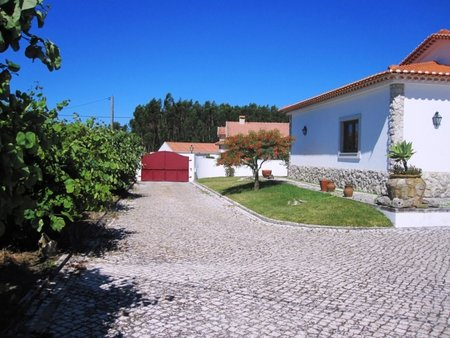 Villa , Reguengo Grande, Silver Coast Portugal