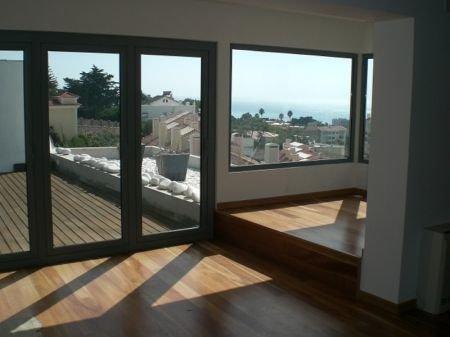 5 Bedroom Villa Estoril, Lisbon Ref: AV1007