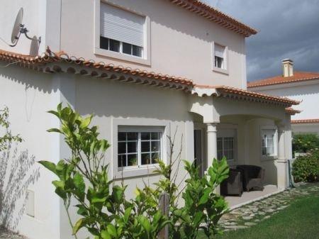 3 Bedroom Villa Obidos, Silver Coast Ref: AV1108