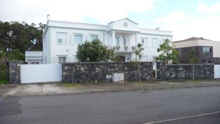 5 Bedroom Villa Sao Miguel, Azores Ref: AVA12