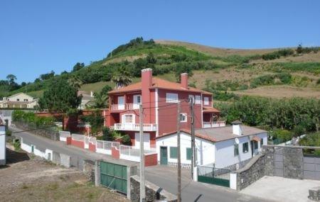6 Bedroom Villa Sao Miguel, Azores Ref: AVA07
