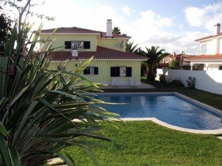 4 Bedroom Villa Cascais, Lisbon Ref: AV1132