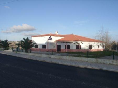 7 Bedroom Villa Sao Martinho do Porto, Silver Coast Ref: AV1076